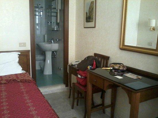 Hotel Silla: stanza singola