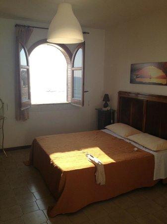 B&B La Casa di Montalbano: Our room