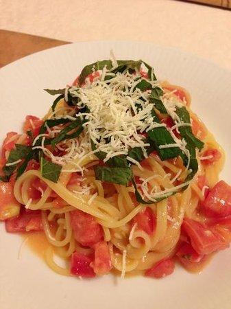 Risutorantesutera: トマトと大葉の冷製パスタ 暑い日には最高!