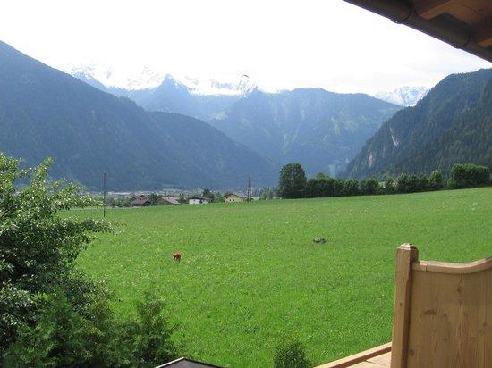 Hotel Pension Alpina: Udsigt til bjergene