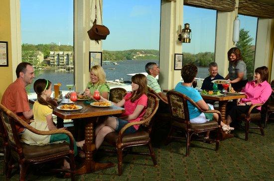 تان تار إيه ريزورت: Black Bear Lodge Restaurant and Bar