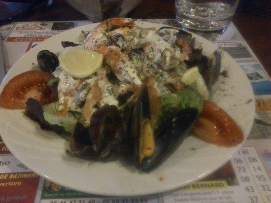 Le Chatel : Salade au saumon
