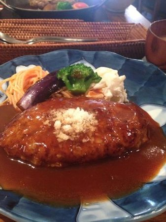Oreno Hamburg  Yamamoto: 定番ハンバーグは懐かしい味