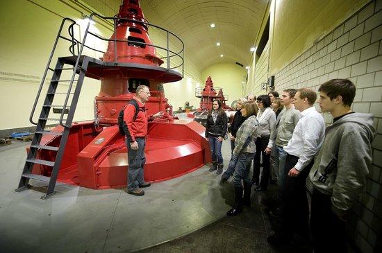 Gadmen, Suisse: Besuch im Kraftwerk