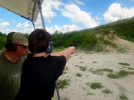 Florida Firearms Adventures : Glock 17