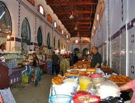 le marche central de Tunis : le marché central de Tunis : vue générale