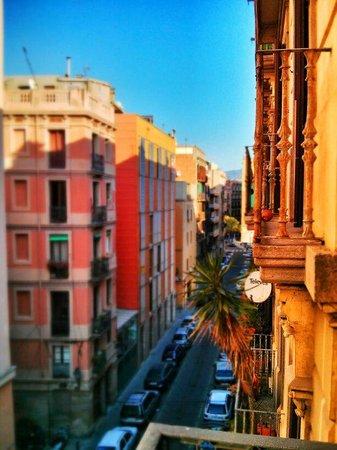 Hostal Orleans: Amanecer en Barcelona.