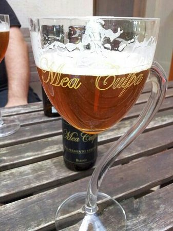 Beer Mania: Mea Culpa is the owners own brew. FANTASTIC.