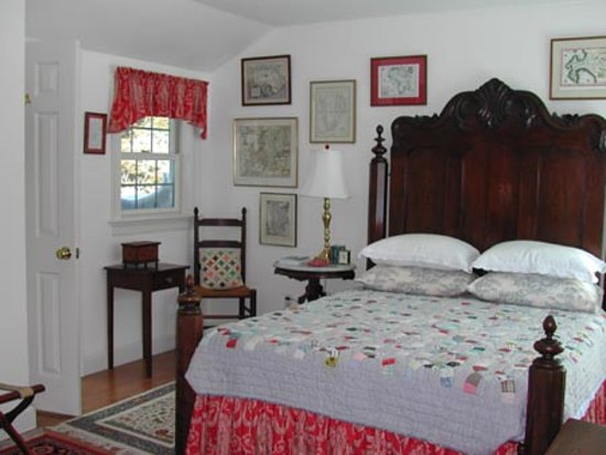 Wellesley Accommodation: Bedroom