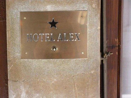 Hotel Alex: Une étoile, mais confortable et charmant