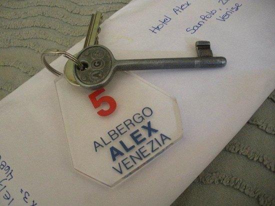 Hotel Alex: Jolie clé!