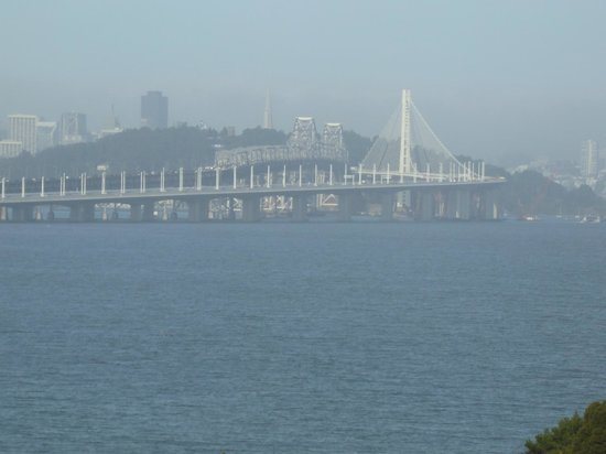 Hilton Garden Inn San Francisco/Oakland Bay Bridge: View from the room