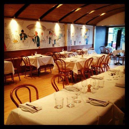 Bistro Niagara's ground floor dining