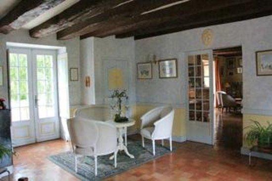 Manoir de Chaix: Reception Hall