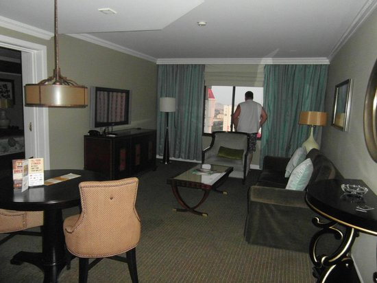 Resort Luxury 2 Bdrm Suite at Excalibur Hotel & Casino Las Vegas ...