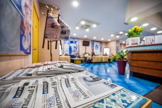 BEST WESTERN Hotel Mediterraneo: Lobby