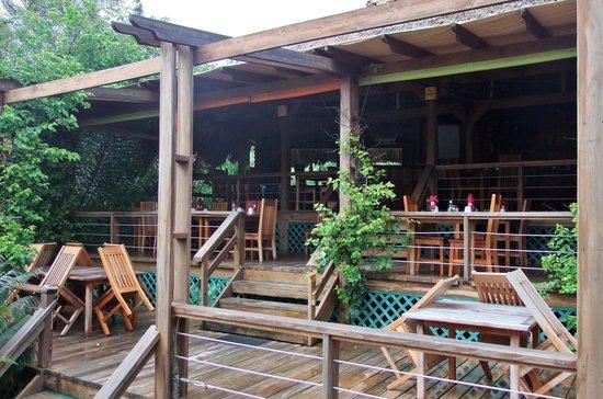 The Quarterdeck Restaurant & Bar: Humid morning view