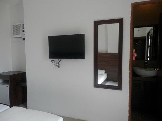Taj Guesthouse: room