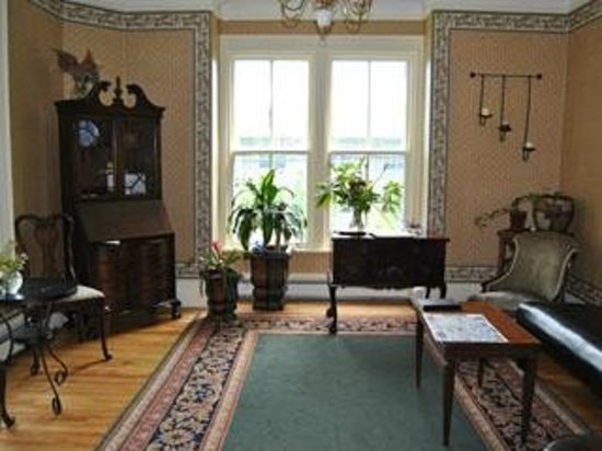 Ascendence Harbourside Mansion Bed & Breakfast Halifax: Reception