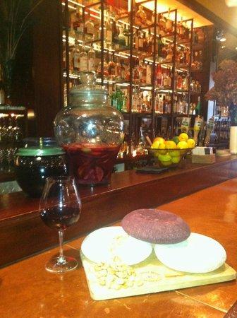 La Rambla Restaurant & Bar: La Rambla Bar