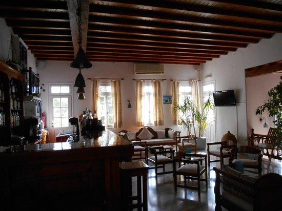 Vienoula's Garden: Lounge area