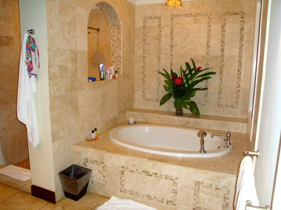 Jamaica Inn: One part of the incredible bathroom - with daily fresh floral arrangement