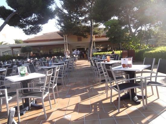 Viva Mallorca: eingang zum Restaurant, Plaza für Abend