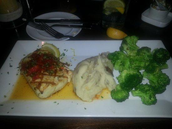 Truffles Cafe Pope Avenue : Mahi mahi