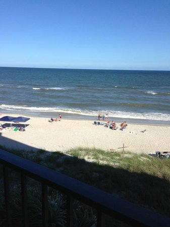 The Oceanfront Litchfield Inn: awesome view