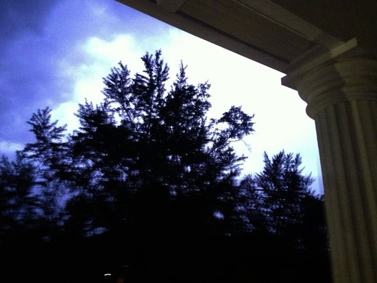The Twelve Oaks Bed & Breakfast: Lightening from the balcony