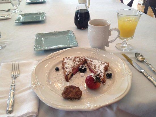 The Twelve Oaks Bed & Breakfast: Yum!