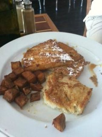Blackfin Bistro: French Toast with Homemade Fries.