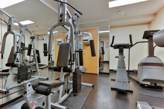 BEST WESTERN Airport Inn: Exercise room