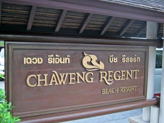 Chaweng Regent Beach Resort: Hotelschild/Strand