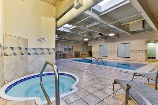 Best Western Airport Inn: Hottub