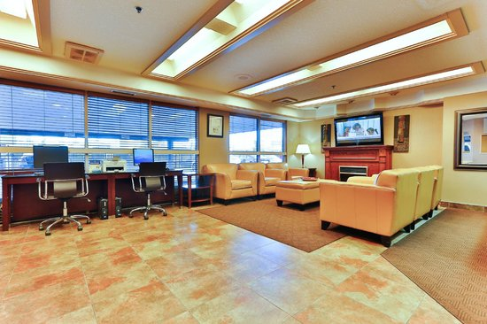 Best Western Airport Inn: Business center