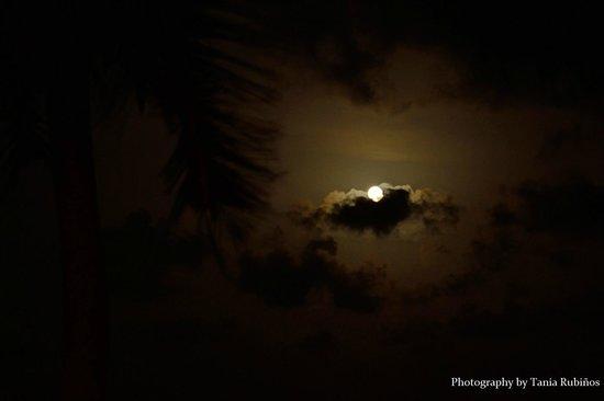Cesiak Centro Ecologico Sian Ka'an: Full moon in Cesiak