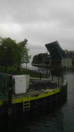 Beaver Island Boat Company : bridge downtown charlevoix