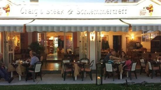 Craig's Steak & Schlemmertreff: Am Abend mit gedämpftes Licht