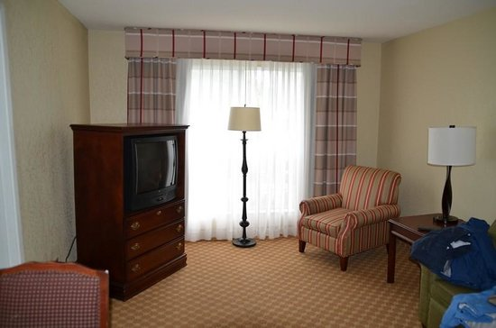 Amberley Suite Hotel: Very roomy with TV in each room
