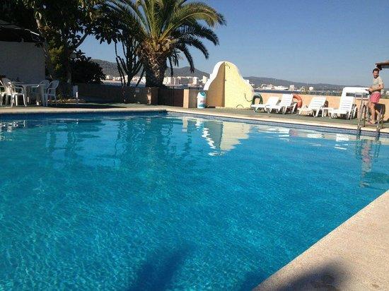 Apartamentos Alba : Pool area