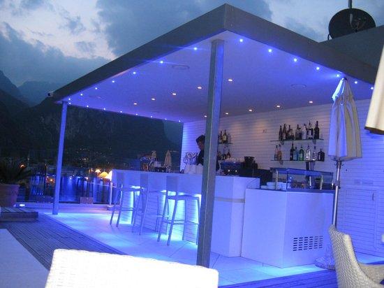 Hotel Kristal Palace - Tonelli Hotels: Die Poolbar