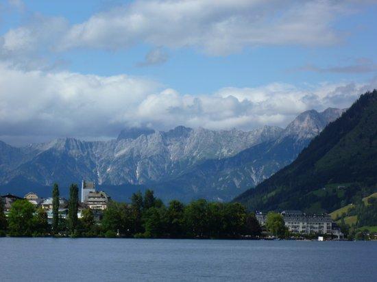 Vitalhotel Glocknerhof : zicht van op meer