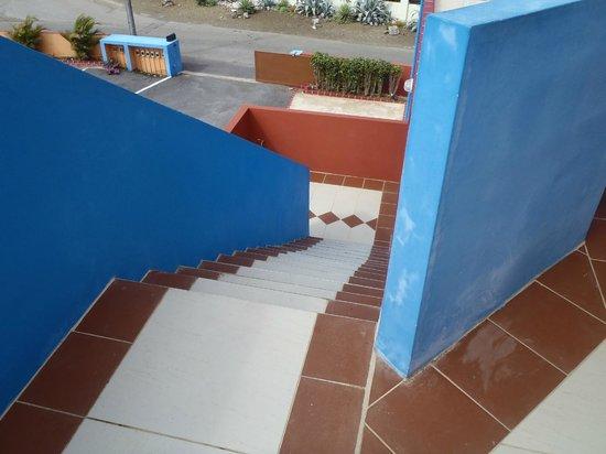 Nos Krusero Apartments: Top flight of steps to the apartment