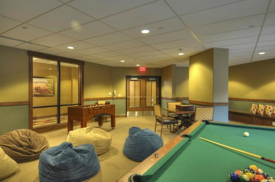 Trailhead Lodge: Game Room