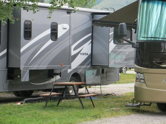 Jackson Hole Campground at Fireside Resort: tight again