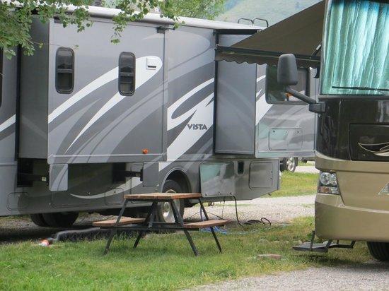 Jackson Hole Campground : tight again