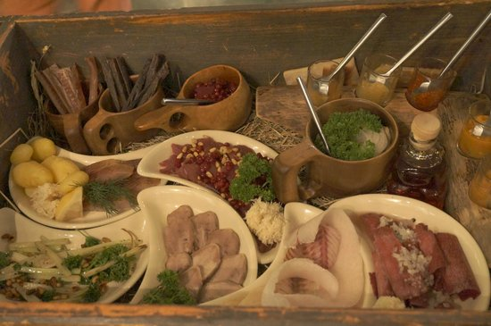 """Expedition: The """"Nansen's Hideout"""" sort of sampler box"""