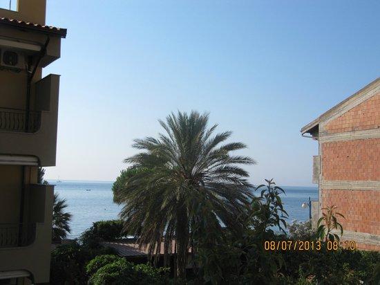 Hotel Donna Rosa: vista dal terrazzo della stanza