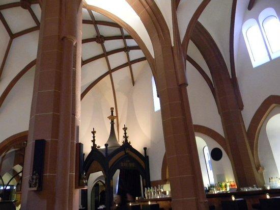 Heilig Geist: Inside